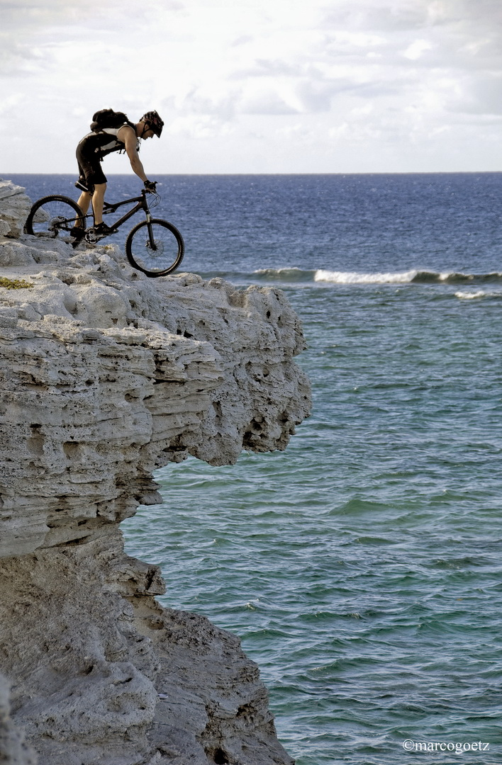 MOUNTAIN BIKING GRAND TURK