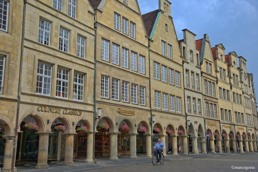 GIEBELHAEUSER AM PRINZIPALMARKT MUENSTER GERMANY