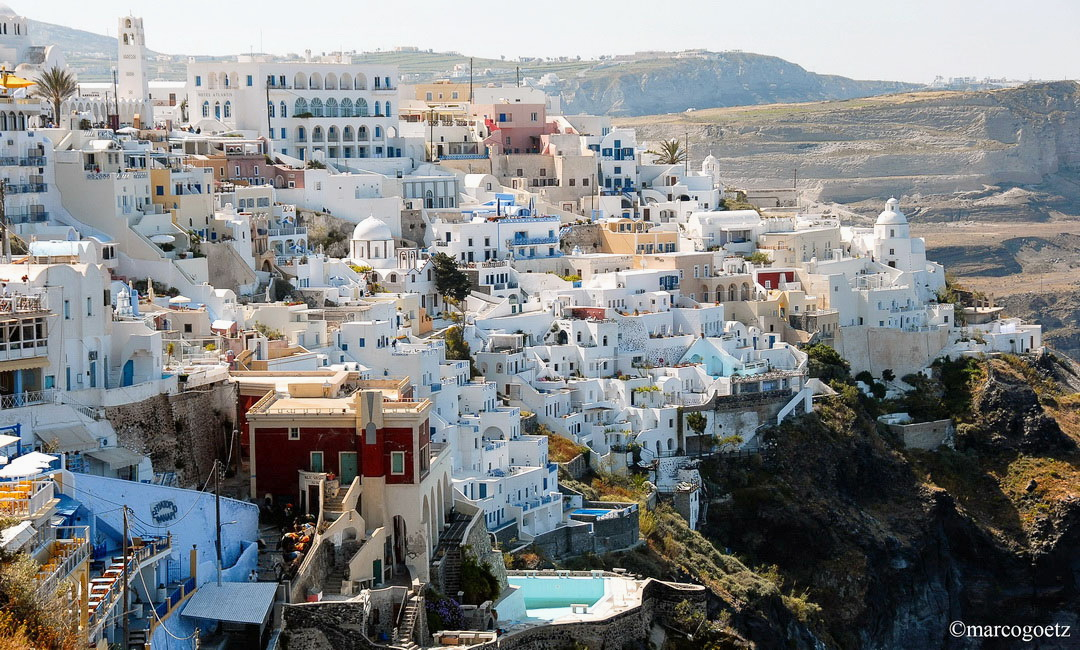 VIEW OF FIRA SANTORINI GREECE